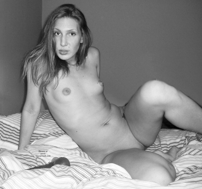 Pic #1 - Nude Girlfriend:Redhead In B&W , These Are Some More Pictures From A Session We Had At Home In Our Bedroom. Twinkie Does It For The Comments, So Don´t Be Shy When You Look At Her Pics And Do Whatever You Do While Wathcing! See You All Again Soon!