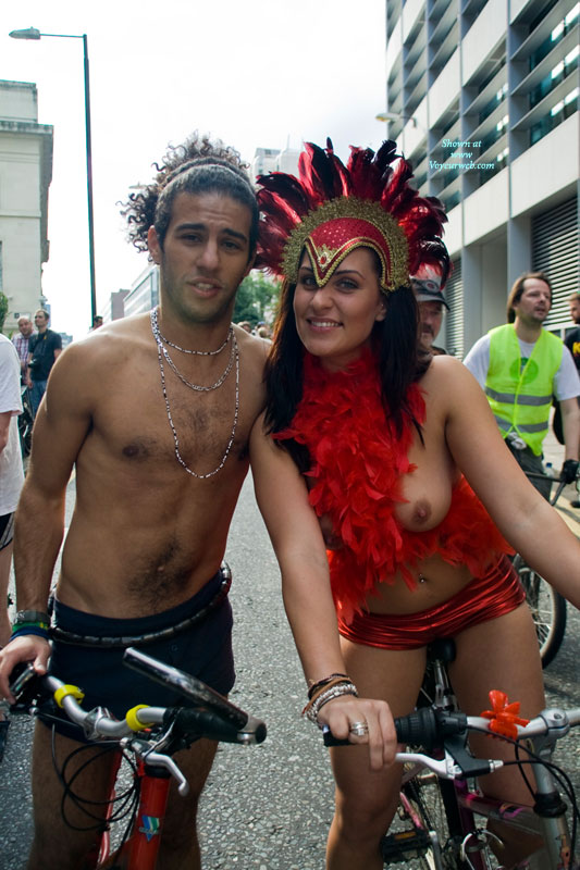 Pic #4 Event Voyeur: World Naked Bike Ride London 2010