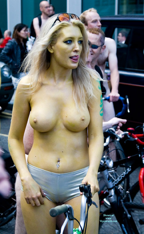 Pic #6 Event Voyeur: World Naked Bike Ride London 2010