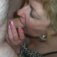 Sexy Lady Sucking Cock