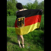 Nude Me on heels: *SP Soana Waves Her Flag For Germany