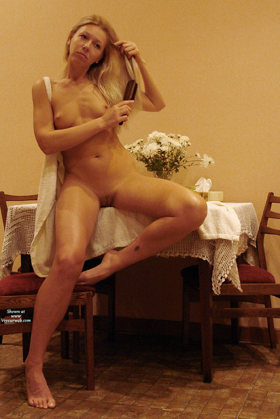 naked-wife-heels