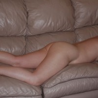 Nude Wife:More Of The Wife