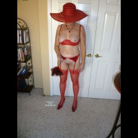 Nude Wife:Cathy In Red