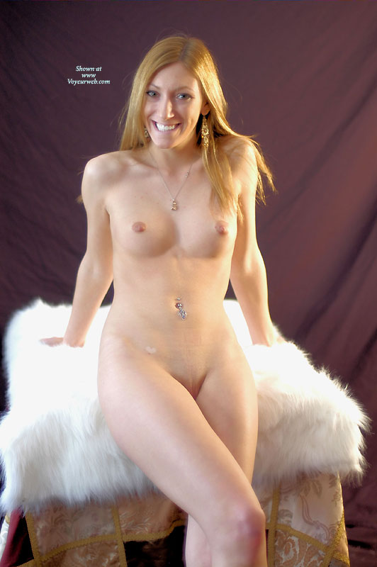 Pic #1 - Nude Wife: Cathy - Nude