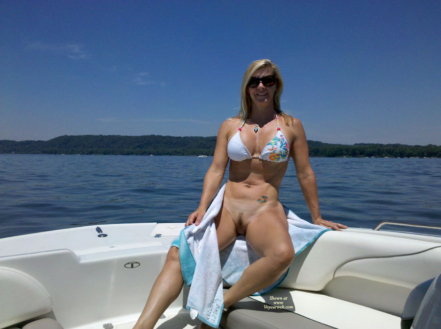 Pic #7 - Nude Wife: *SP Another Day On The Boat