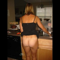 Bottomless Me:Around The House