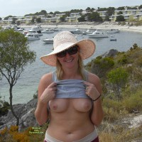 Nude Wife: Fun At Rotto