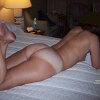 Nude Wife:Deflectors Wife