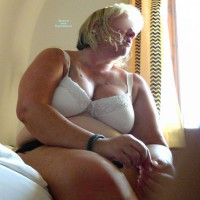 Topless Me:Maria - Two Big Pervers, Hanging Breast