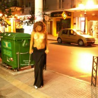 Hot Secret - Flashing In Thessaloniki