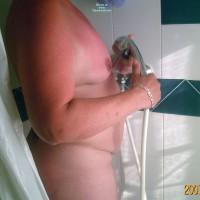 Nude Me:Shower