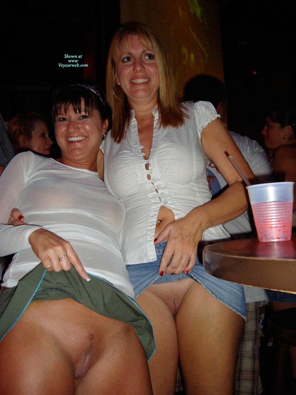 Drunk mom upskirt — img 3