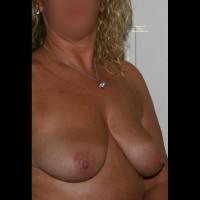 Nude Amateur:Happy Days