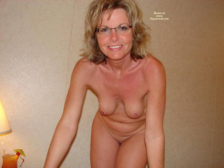 Redtube busty mature