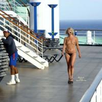 Nude Me:Nude On Deck