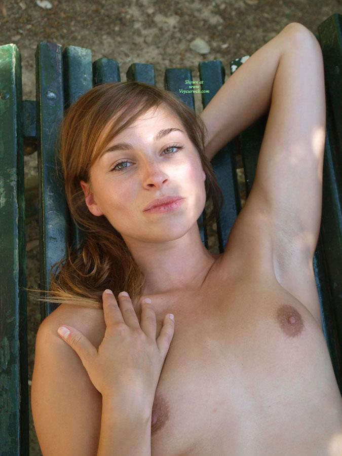 Bikini Tweeners Posing Nude Images