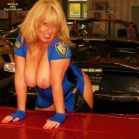 Topless Wife:Officer Milf