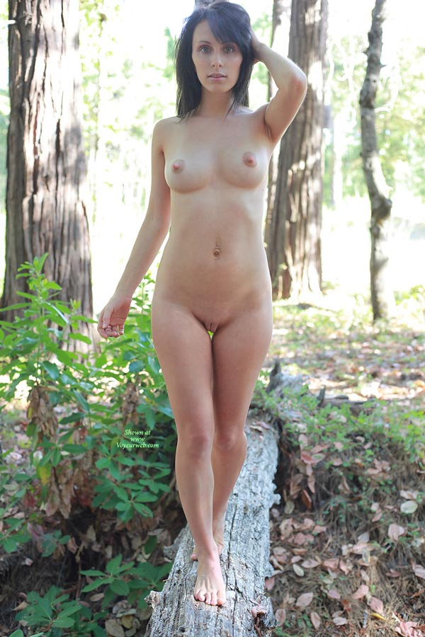 girls in the Sexy naked woods black