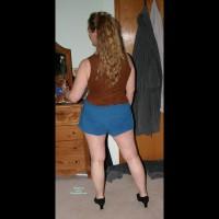 Amateur in Lingerie:Blue Shorts
