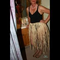 Me in Lingerie:Grass Skirt