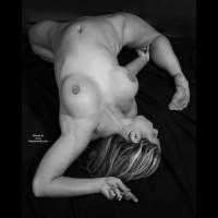 Flexible Girl - Nude Amateur