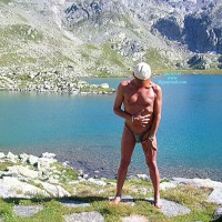 Nude Girlfriend:Robby & Susan On The Suisse Alps