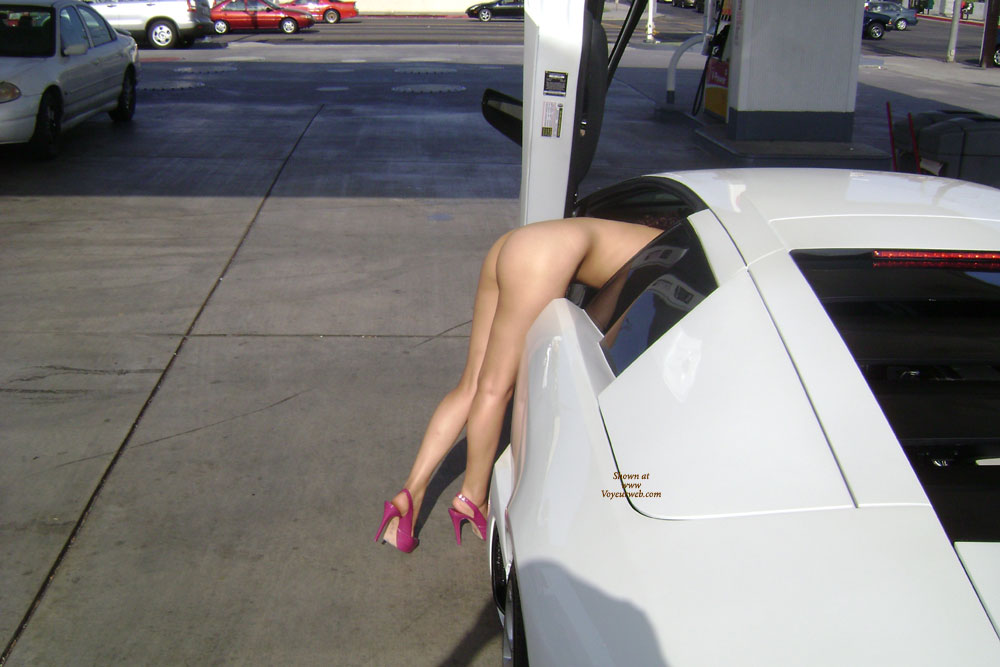 nude girl in cool cars
