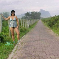 Nude Friend's Wife on heels:Ciclovia Da Reserva