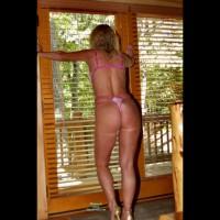 Nude Me on heels:Lingerie Cabin Pics