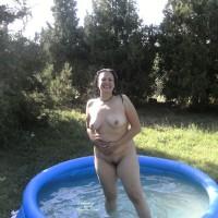 Nude Wife:Hungary