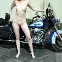 Nude Amateur: Friends Harley