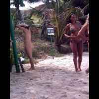 Beach Voyeur:Brasil: Wash In Tambaba Beach