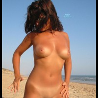 Nude Girlfriend:Wet Or Dry