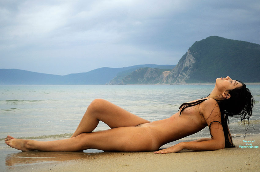 Sexy naked girls in beach