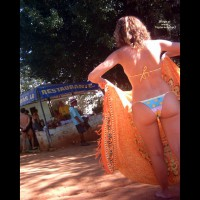 Beach Voyeur:Brasil: Friends In Wash