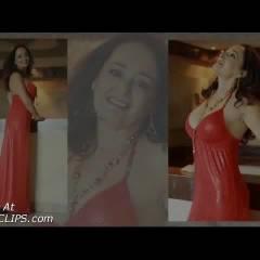 Deby Y Su Vestido Rojo