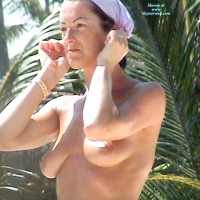 Topless Amateur:Swiss Wife Topless