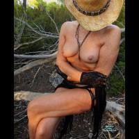 Nude Amateur:Freckles - A Summer Mix
