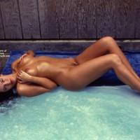 Nude Amateur - Dark Hair, Long Hair, Long Legs, Trimmed Pussy, Naked Girl, Nude Amateur