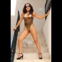 Topless Amateur:Deby Sensual