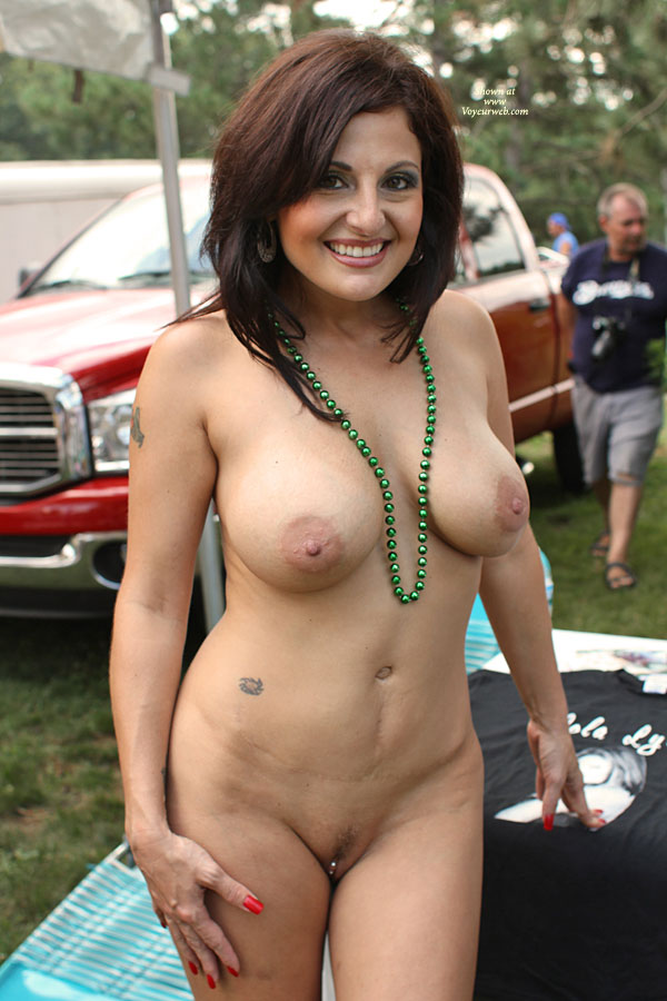 Nudes a Poppin Festival Roselawn Indiana 2010 - Free