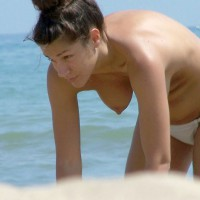 Beach Voyeur:Nice Brunette With Music ... 1
