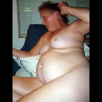 Nude Amateur:Carolina Mom