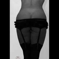 Nude Amateur on heels:Me