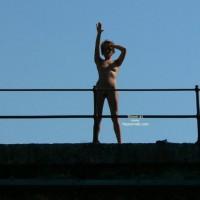 *re Kti Naked On Train's Bridge