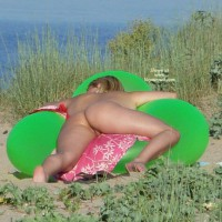 Beach Voyeur:Summer Memories - 2