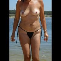 Topless Wife:Spain