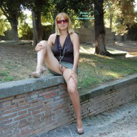 Pantieless Wife: Miss Intrigante - In The Park