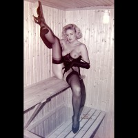Ex-Girlfriend in Lingerie:Retro Pics